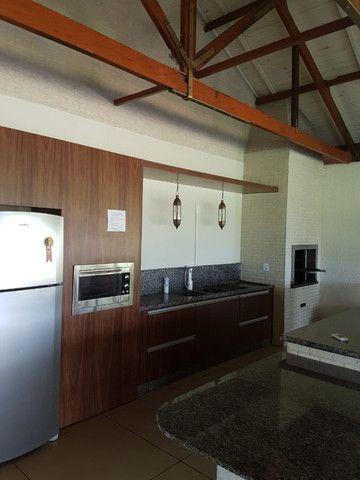 Lote em condomínio (Beira lago Itaipu).