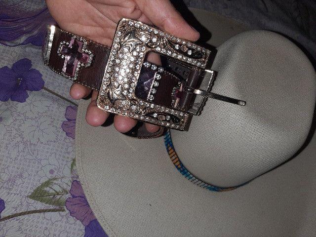 Chapéu e cinto - Foto 2