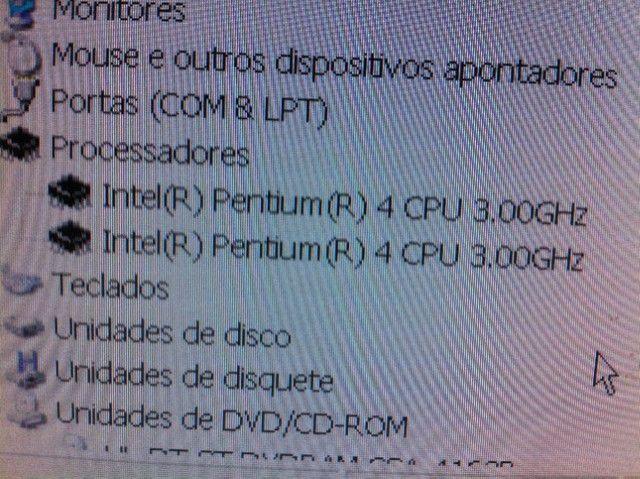 Usado - Processador Intel Pentium 4 3.00ghz/1m/800 sl7pm - Foto 2