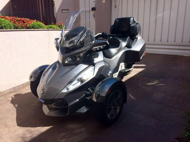 MOTO / TRICICLO CAN AM SPYDER RT S