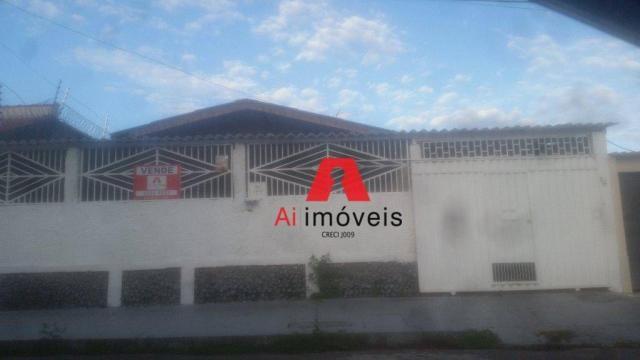Casa residencial à venda na Rua dos Lírios Q-10 C-19, Jardim Tropical, Rio Branco, Acre.