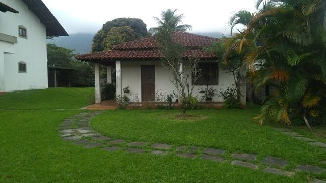 Imobiliária Nova Aliança!!!!!!! Casarão Mobiliado Terreno Medindo 30x50 em Muriqui - Foto 4