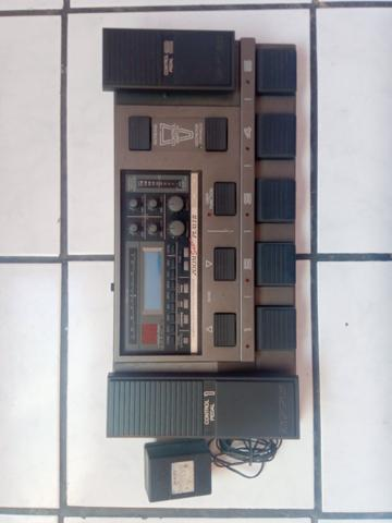 Pedaleira zoom 8080