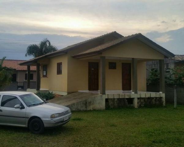 c6035019221c8 Vendo casa em forquilhinha, ou ou troco por casa em ararangua. Entrada  R 70.000