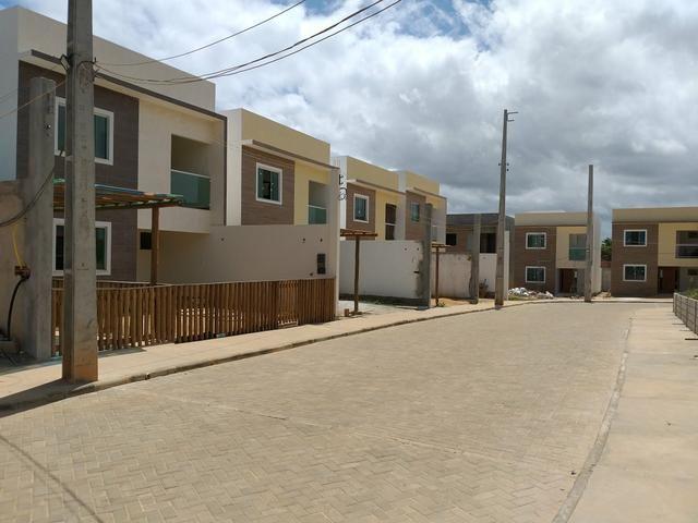 Casa 3 quartos em Lauro de Freitas com subsolo