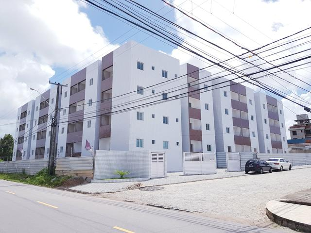 Apartamento nos Bancários, Prox a unipe, 2qts e Varanda