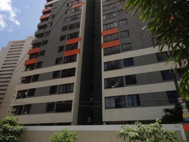 AP0303 - Apartamento com 3 dormitórios à venda, 108 m² por R$ 300.000 - Papicu