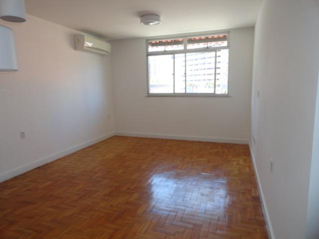 AP0303 - Apartamento com 3 dormitórios à venda, 108 m² por R$ 300.000 - Papicu - Foto 6