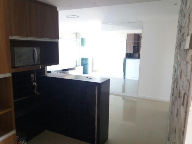 Apartamento para venda com três dormitórios no Engenheiro Luciano Cavalcante - Foto 9