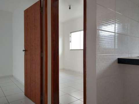 Casa excelente com 3 quartos grande - Foto 11