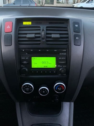 Hyundai TUCSON GLB 2.0  (CAMB.MANUAL) - Foto 12