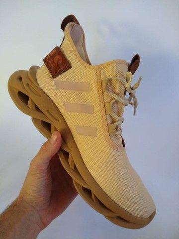 Tênis Adidas Maverick - Foto 2