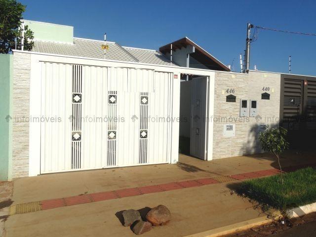 Linda Casa rica em blindex - Vila Nasser