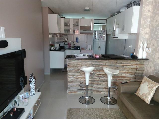Apartamento todo mobiliado em condomínio fechado/ Aceita Financiamento/na Constantino Nery