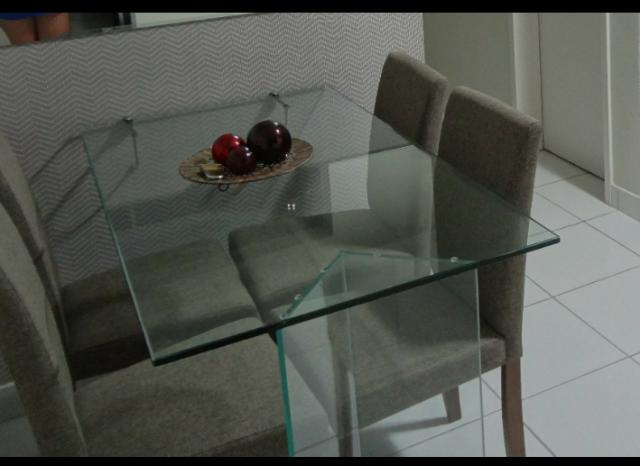 Mesa de Vidro com Cadeiras Etna