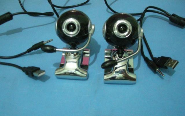 Segurança para escritórios e comércio câmera webcam usb com microfone por 30 reais cada um - Foto 3