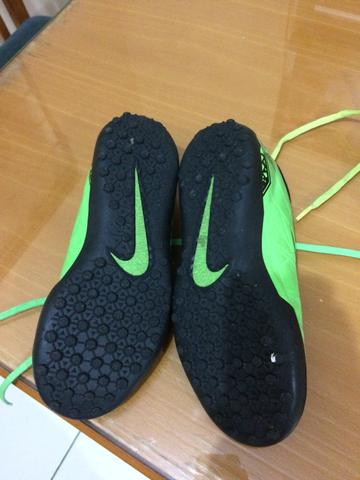 7a755380cc Chuteira Society Nike 35