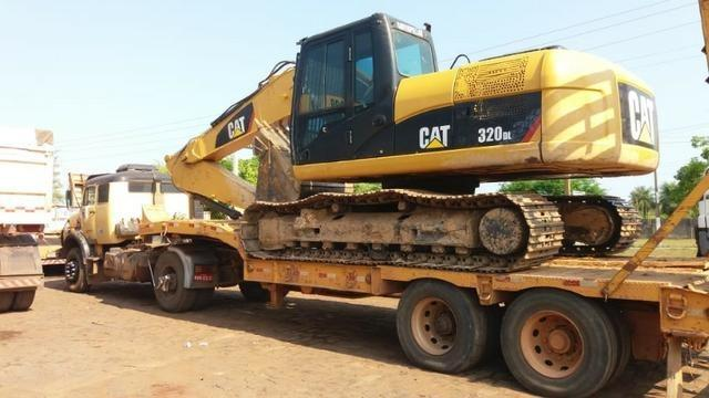 Vendo escavadeira caterpillar 320 DL