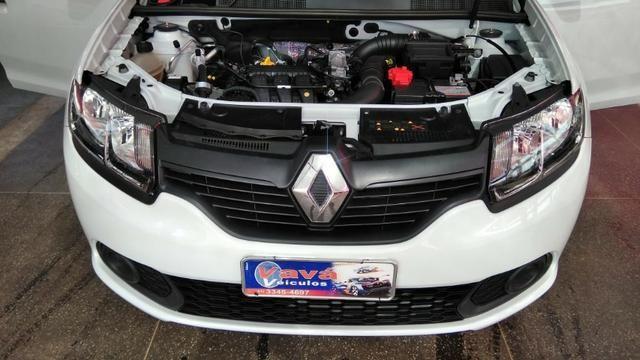 Renault Sandero Authentique 1.0 12V (Flex) 2018 - Foto 17