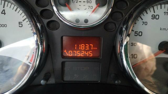 Peugeot 207 1.4 2013 - Foto 2