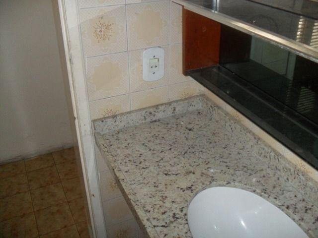 Excelente casa, com 04 quartos no Cambeba - Foto 11