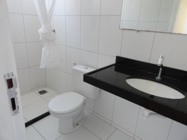 AP0303 - Apartamento com 3 dormitórios à venda, 108 m² por R$ 300.000 - Papicu - Foto 16