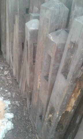 Colunas de madeira de lei, de demolição - Foto 6