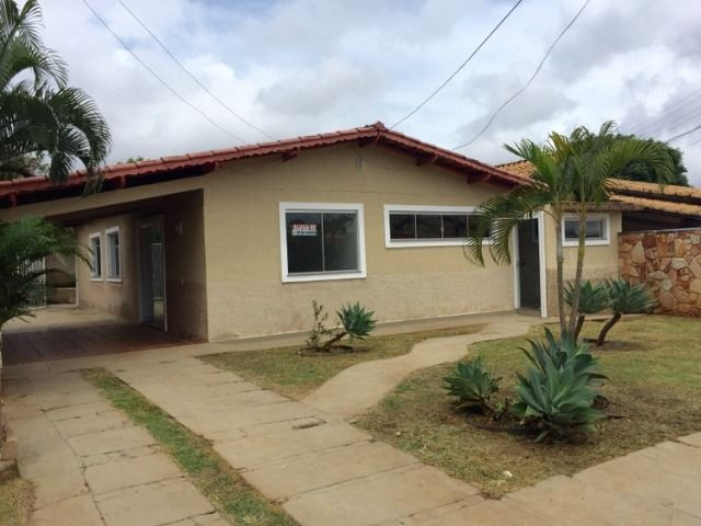 Casa 3qtos 1 suite, quintal, otimo local Prive Atlantico