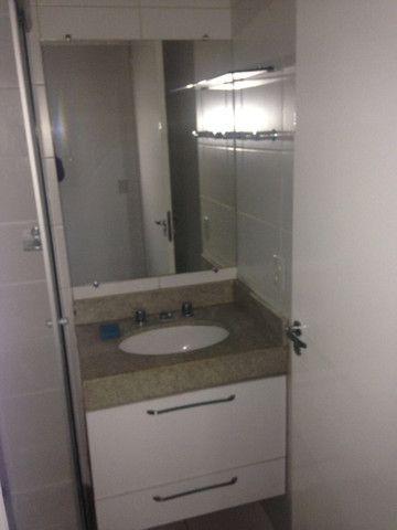 Bom apto de 03 quartos (01 reversível) no Alto da Glória - Foto 11