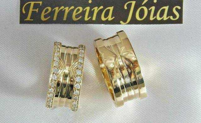 Alianças BVLGARI em ouro 18k com diamantes sintéticos - Foto 3
