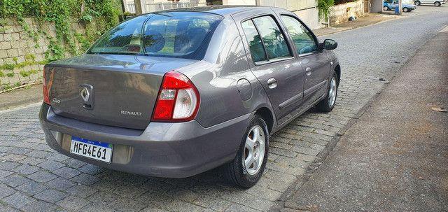Clio sedan privilege 1.6 completo  - Foto 4