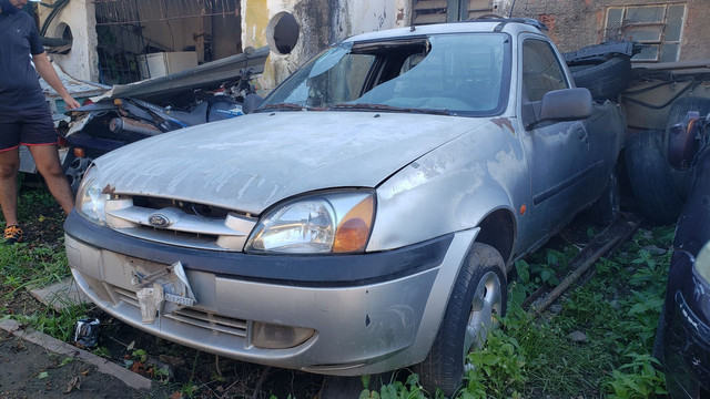 Ford Courier 2001 - Foto 2