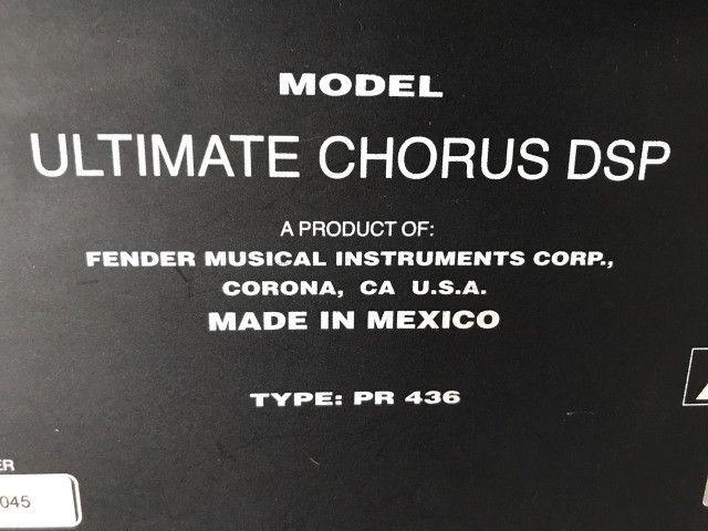 """Fender Ultimate 2x12"""" DSP Chorus (México) parcelo no cartão/ML avalio trocas - Foto 6"""