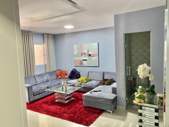 Casa 3 QTS com 180 m2 -Conjunto Riviera goiania