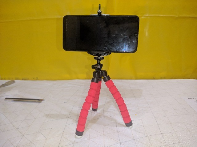 Tripé para Smartphone (Formato de Polvo) com controle remoto. - Foto 2