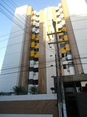 Apartamento com 3/4 ao lado do Vera Arruda