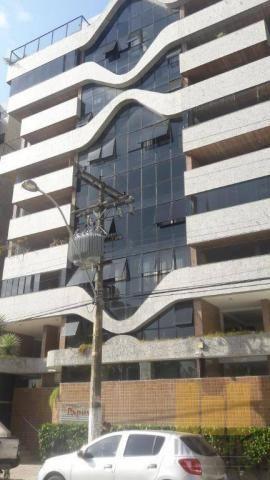 Apartamento residencial à venda, Ponta Verde, Maceió - AP0331.