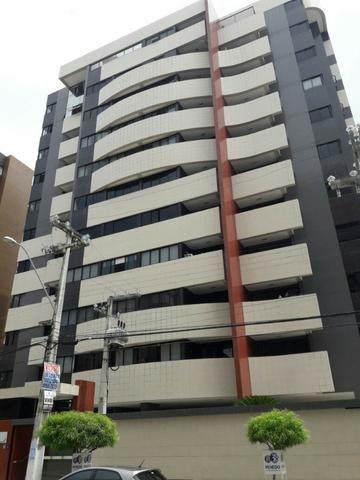 Apartamento na Jatiúca, 110 m², 3 quartos, com móveis planejados, Edf. Leblon