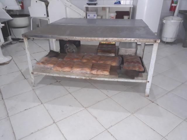 Modeladora, Batedeira, Cilindro, Forno, Masseira, Mesa, Armario, Moinho de pão - Foto 5