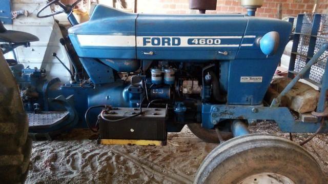 Vendendo Trator ford 4600 - Foto 3