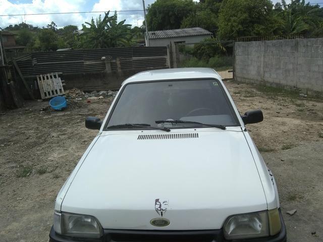 Vendo ou troco num carro mais novo gol,uno,palio.etc - Foto 6