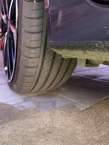 Vendo linda rodas aro 20 , 4 pneus estado de 0 perfil 225/35 - Foto 4