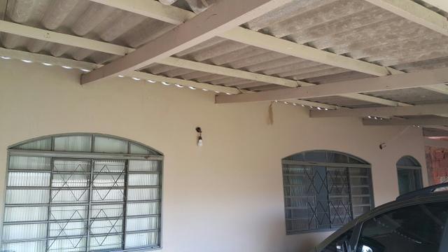 Casa simples 2quartos lote 500m2 rua 12 vazado via estrutural - Foto 2