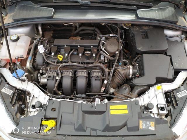 Ford Focus Sedan - Foto 14