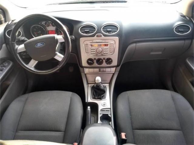 Ford Focus Sedan 12 impecável - Foto 9