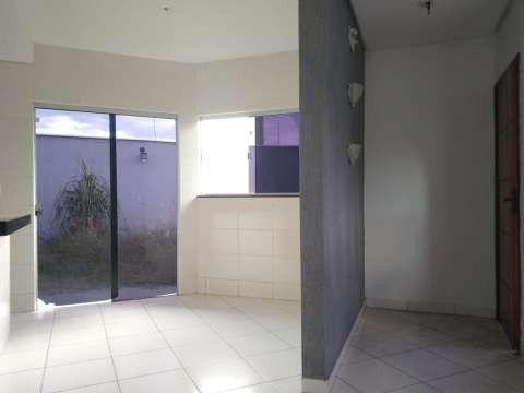 Casa excelente com 3 quartos grande - Foto 4