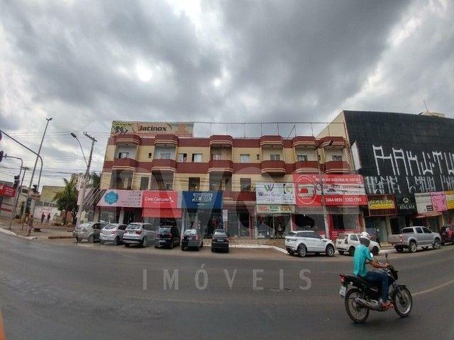 OPORTUNIDADE! Prédio com Apartamentos e Lojas já Alugados em Taguatinga Norte