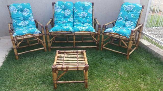 Conjunto de cadeiras de bambú