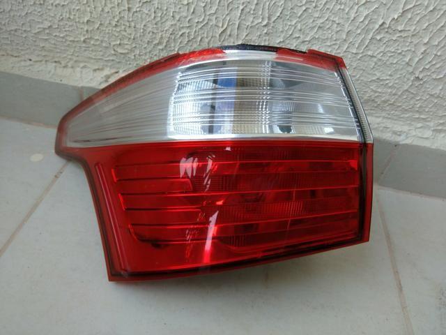 Lanterna Traseira Grand Siena lado esquerdo