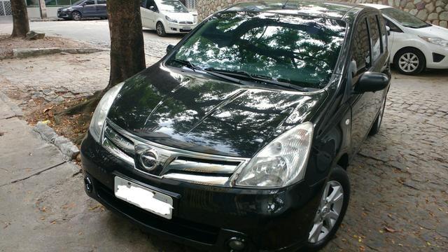 Nissan Livina S 1.8 Automático